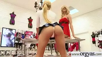 hookup in front of web cam for money.