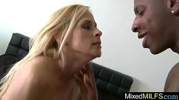 payton leigh nasty mature chick get plumbed by.