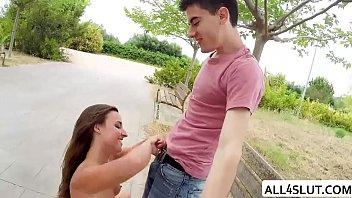 Jordi destroys Amirah pussy in public - ALL4SLUT.COM