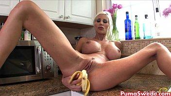 puma swede fumbles banana all over.