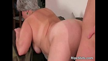chesty obese mature whore gets raw.
