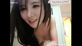 Địt em g&aacute_i Nhật cực xinh Full:  18CAM.LIVE