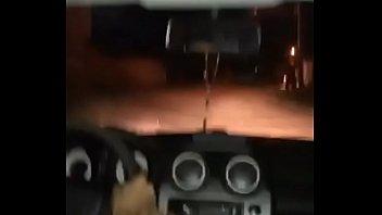 rangel fudendo com a gasolina do carro na crise