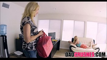 Skinny Teen Daughter Zoe Parker Sucks Step Dad'_s Cock While Mom Cooks