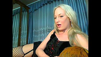 russian godess jerking and squirtingg