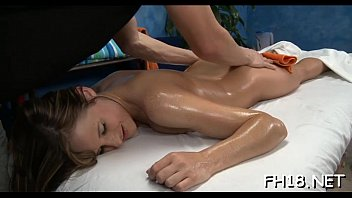 faux-cock comes in raw pussy
