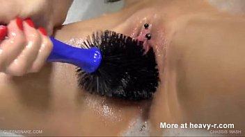 van wash brush in honeypot