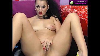 keishacandy9  brown-haired demonstrates off her culo on webcam