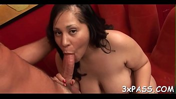 Stud cums on cute fat girlie after banging her very well