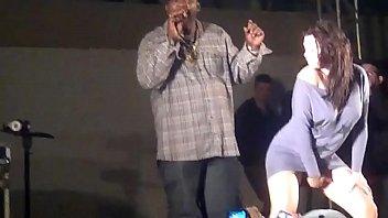 MC Catra sem calcinha baile funk