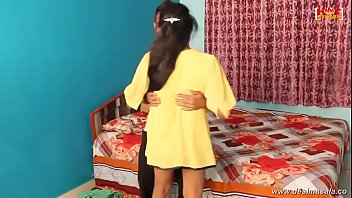 desimasala.co - Dance master boob press romance with his trainee