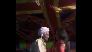 Mujra excites a thatki Budha (old man) horny. Funny dance.