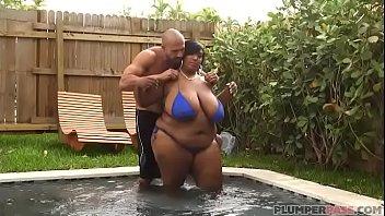 meaty boob plus-size dippd n redd