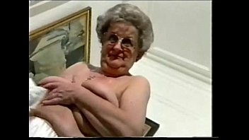 love this exhibitionist grandma  fledgling.