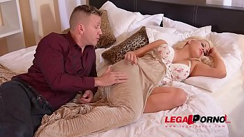 assfuck fuckslut sienna day goes horny for unexpected.