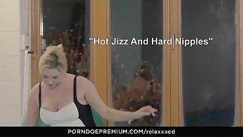 relaxxxed - glamour sauna orgy with steamy victoria summers