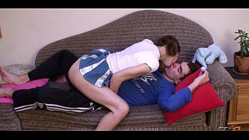Babe delighting stud with oral-sex