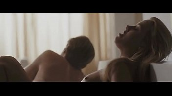 Amber Heard Fully Nude Riding a Guy in Bed - Nude Boobs - The Informers