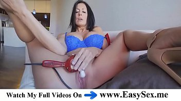 Reagan is spreading her legs wide open and rubbing her shaved pussy with a vibrator - EasySex.me