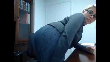 secretary caught masturbating - full video at girlswithcam666.tk