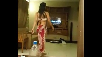 Bahria islamabad mujra at my place - YouTube.MP4