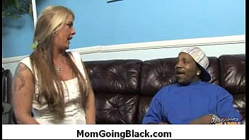 Interracial MILF Sex - Mommy go black 16