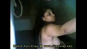 indian bhabhi doing fucky-fucky after bathing