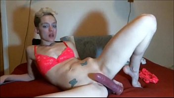 BEAUTIFUL SEXY FEET SLUT TEASE PLAYING WITH DILDO SHE IS SEXY IS HELL