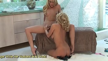 Two Blonde MILFs Suck On Each Others Clits