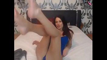 cougar showcases feet on webcam peels.