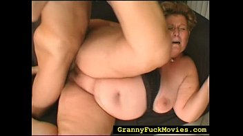 plump grannie doing all messy