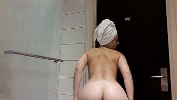 antonia sainz in bathroom