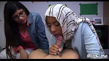 Arab busty babe bonks outdoors