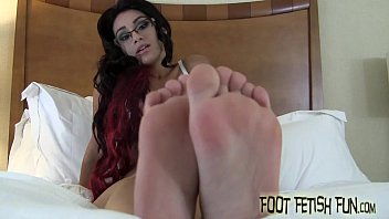 i love taunting a real foot pervert like you
