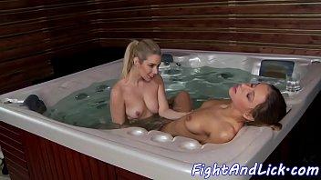 Lesbian babe orally pleasured