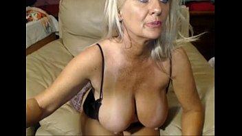 ultra-kinky 47 year senior tart taunting on webcamsee.