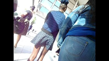 wits university student escalator upskirt