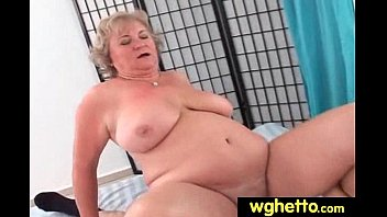 cougar plumbs delivery boy 16