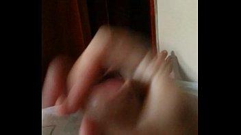 batendo uma punheta gostosa poacute_s almoccedil_o steamy hj.
