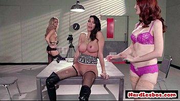 Big Tit Hardcore Lesbians Eating Pussy 27