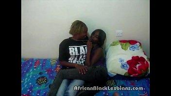 2 torrid african bombshells alexis and jasmine kinky.
