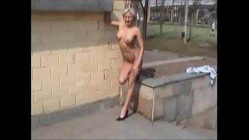filmando a esposa pelada em puacute_blico