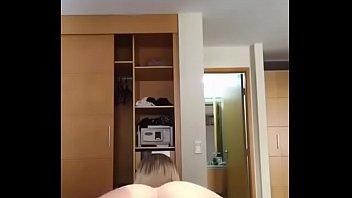 Loirinha de quatro mostrando a buceta,Instagram ahcarol22