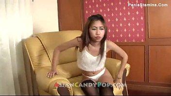 Amateur Asian babe