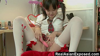 diminutive chinese climaxing before school