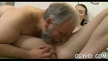 Eager old lad licks young pussy