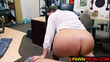 Big Ass Mama Decided to Pawn Her Tight Pussy