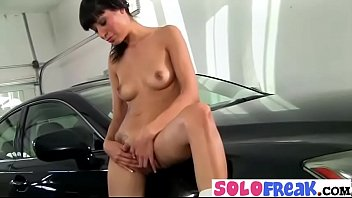 Solo Freak Girl (lily) Masturbates In Front Of Camera mov-11