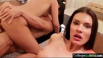 (kitana &amp_ vivien) Horny College Girls Like Sex In Group Scene clip-24