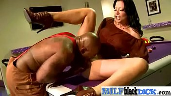 (zoey holloway) Hot Sexy Milf Ride Huge Black Cock On Cam mov-20